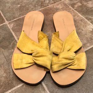 Banana Republic sandals size 7.5